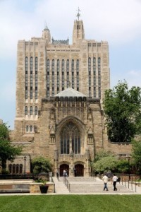 9789633-new-haven-ct-june-2011--yale-university-gothic-library-building